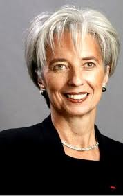 """Un documento redactado por el Tribunal de Justicia de la República (CJR) apunta a la implicación """"personal"""" de Christine Lagarde en los delitos de """"complicidad en falsificación"""" y de """"desvío de fondos"""" de los que está acusada en Francia en 2008, cuando era ministra de Economía."""